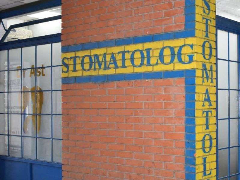 Dr. Ast Stomatolog